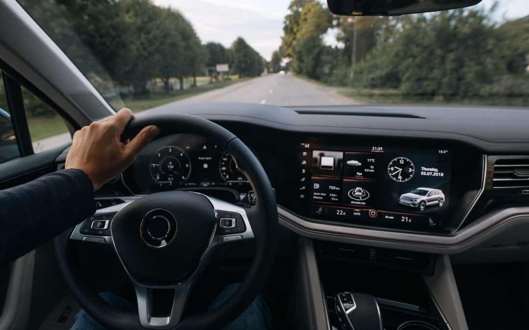 Tehnologija v avtomobilu